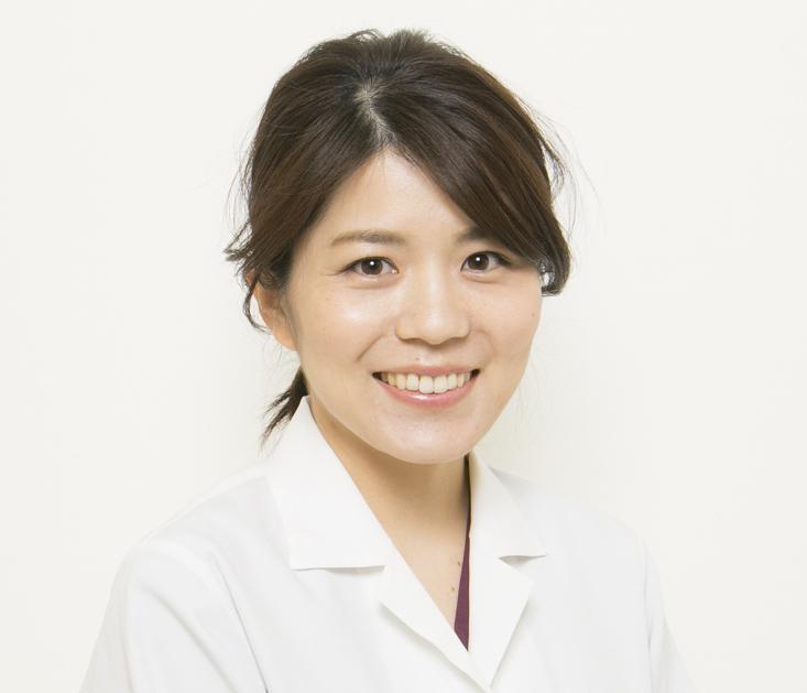 歯科医師安永遥菜